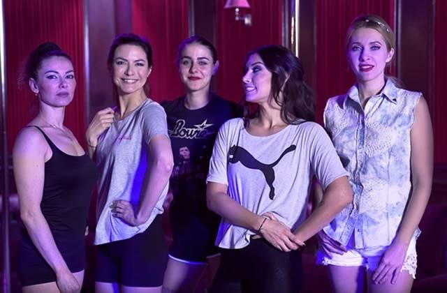 La pole dance, nouveau défi de Nathalie Postic